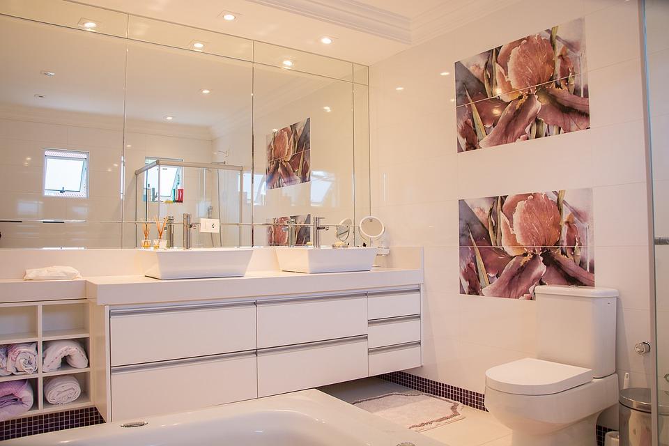 Traditionell Grand Design Badezimmer